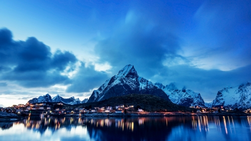 A Beautiful Night In A Town By The Mountain And The Sea Nature QHD Wallpaper