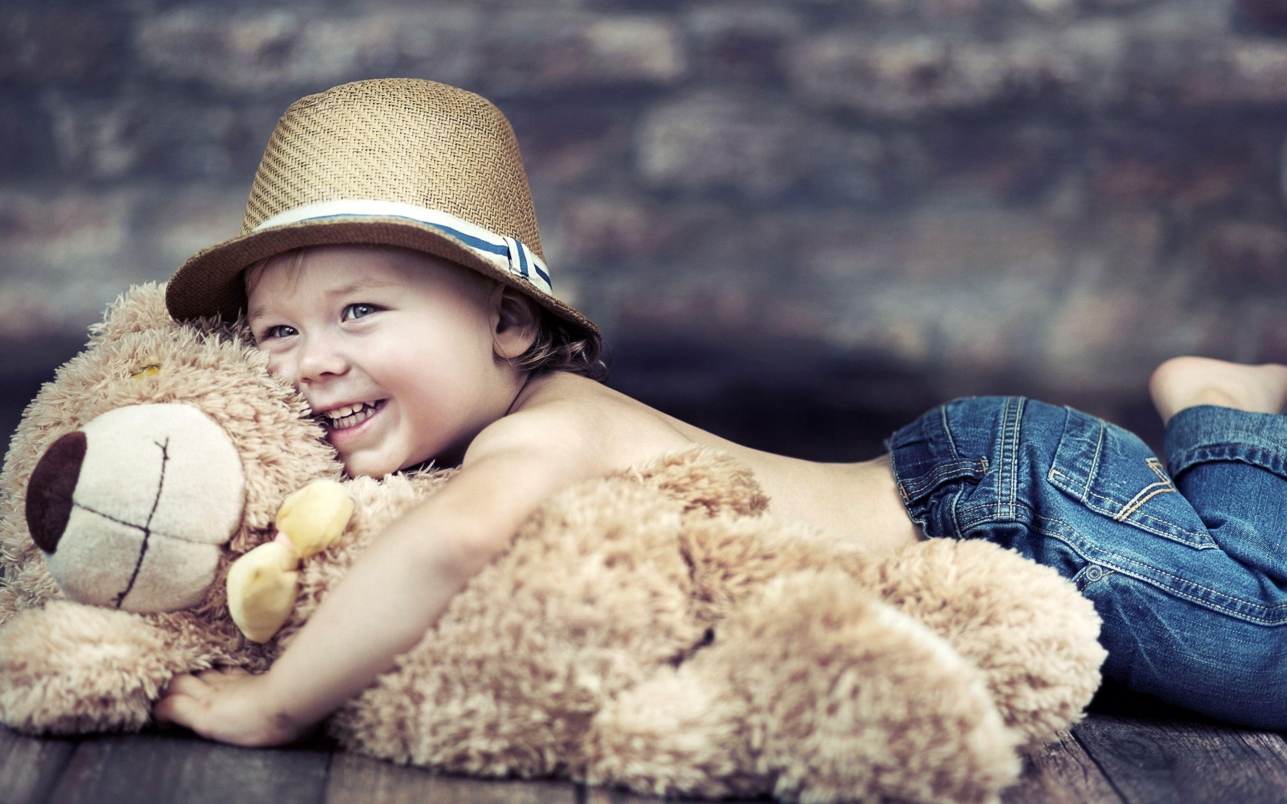 A Smiling Baby With Teddy Bear   Photography HD Wallpaper