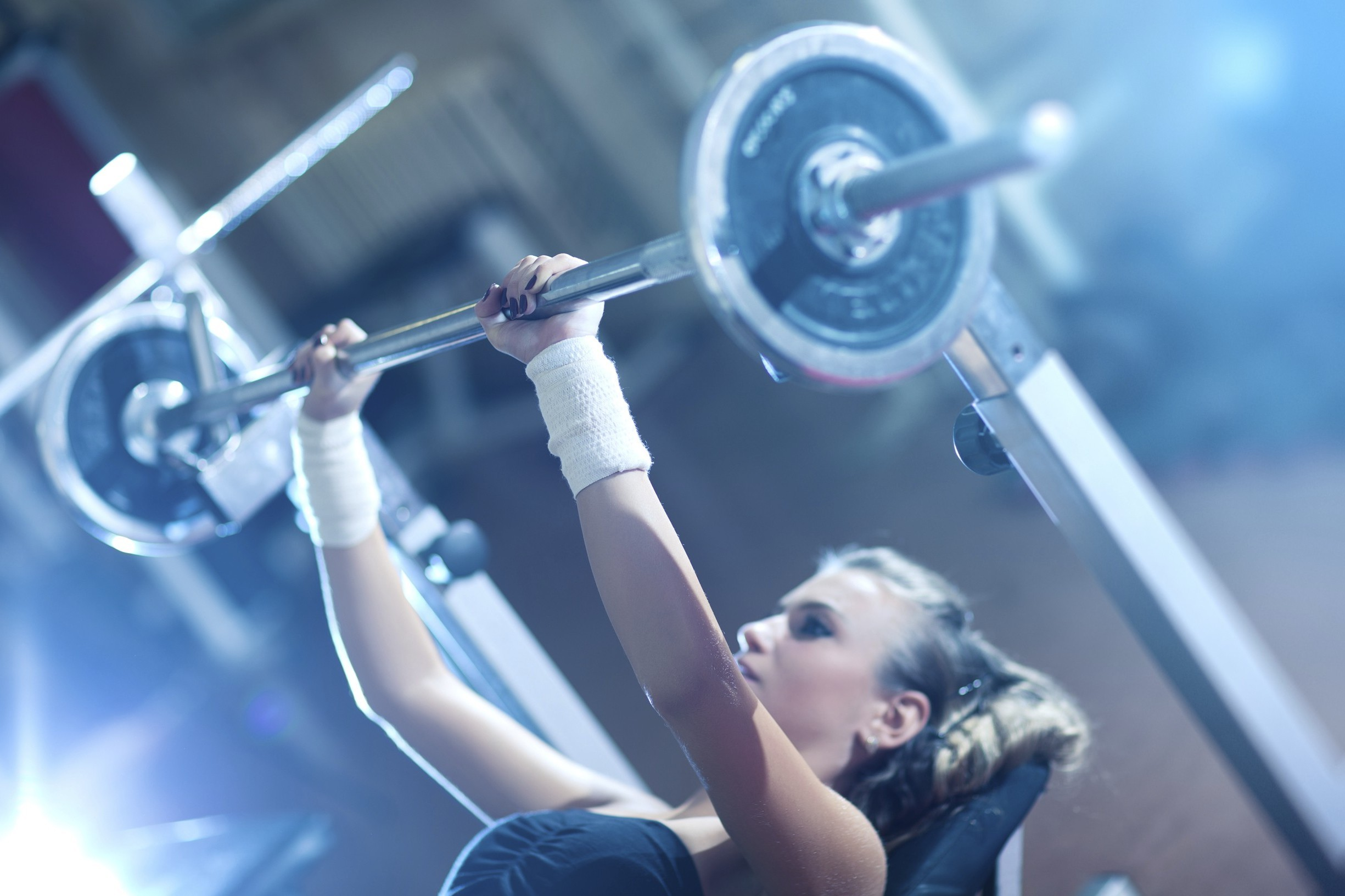 essay on lifting weights Important essay: lifting and your  see articles like this dispelling some common myths about lifting  a vo2 max test on myself at two different weights.