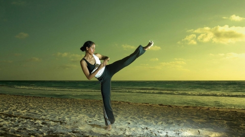 A Young Woman Excercising At The Beach Health HD Wallpaper