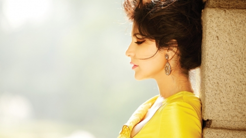 Anushka Sharma Celebrity HD Wallpaper