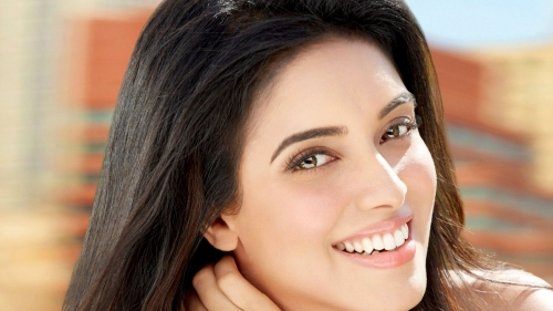 Asin Indian Bollywood Film Actress High Quality Wallpaper 2