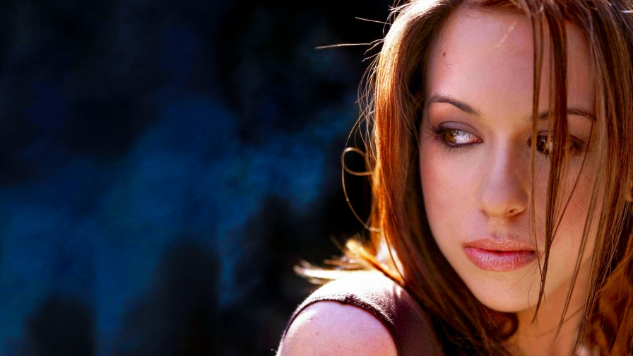 Beautiful Woman Face Portrait HD Wallpaper 9