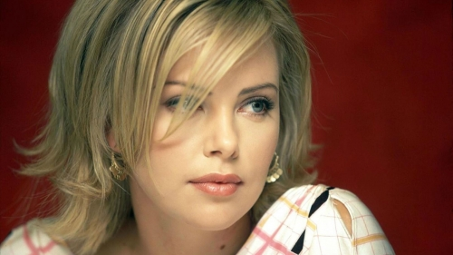 Charlize Theron 2   Celebrity HD Wallpaper