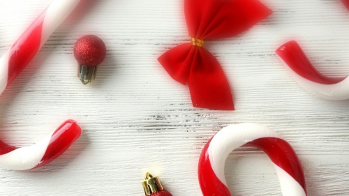 Christmas Decorations And Candy Events QHD Wallpaper