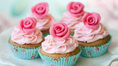 Desserts Pastries Muffins Cream Powdered Sugar Flowers Roses   4K Food Wallpaper