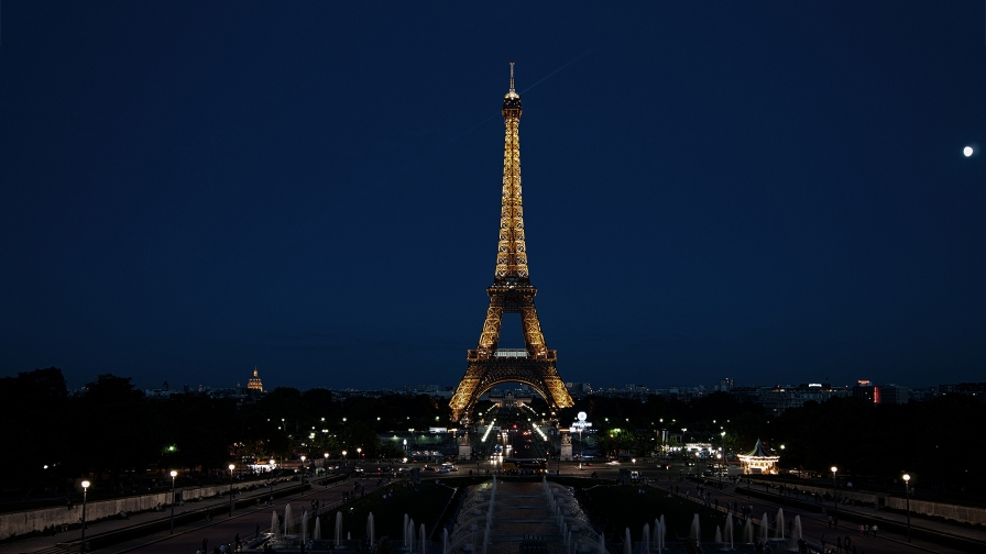 Eiffel Tower Paris France HD Wallpaper 12