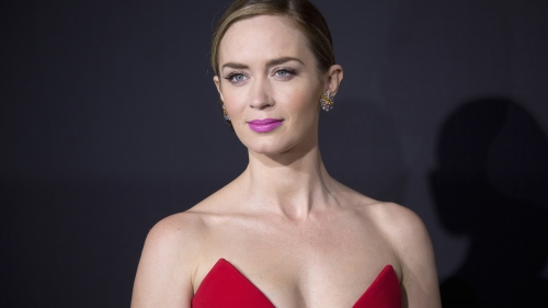 Emily Blunt Portrait Hollywood Actress HD Wallpaper 3