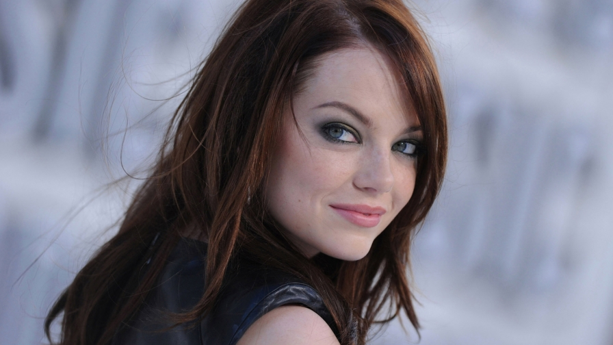 Emma Stone HD Celebrity Wallpaper 3