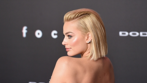 Lovely Margot Robbie Hollywood Actress HD Wallpaper 13