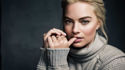 Lovely Margot Robbie Hollywood Actress HD Wallpaper 5