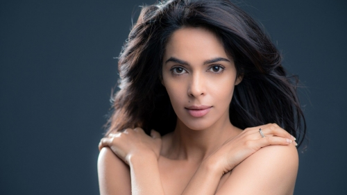 Mallika Sherawat Indian Film Actress HD Wallpaper