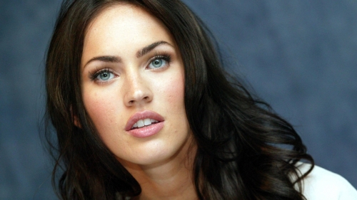 Megan Fox Celebrity HD Wallpaper 9