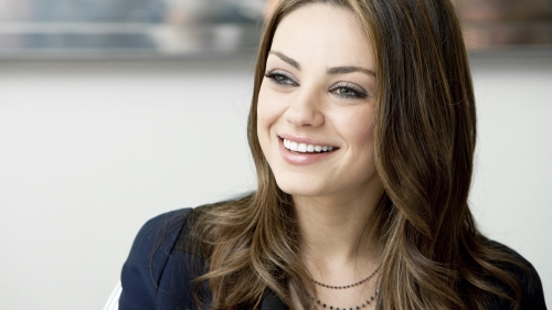Mila Kunis Smile HD Celebrity Wallpaper