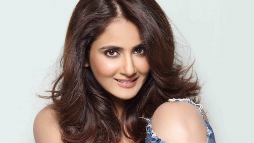 Parul Yadav Indian Film Actress HD Wallpaper
