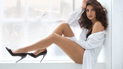 Priyanka Chopra Indian Film Actress HD Wallpaper 5