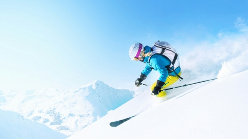 Skiing Down The Hill Sports QHD Wallpaper