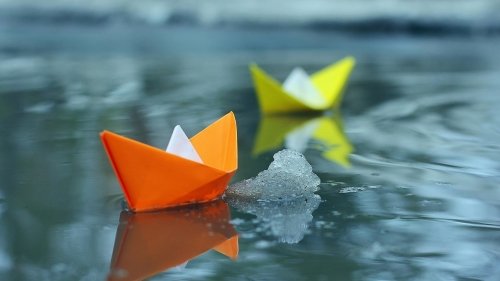 Small Paper Boats Creative HD Wallpaper