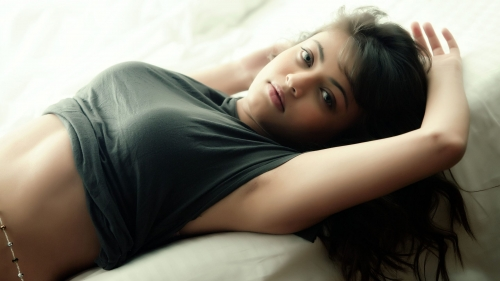 Sneha Ullal Indian Bollywood Film Actress High Quality Wallpaper