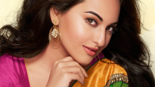 Sonakshi Sinha Indian Bollywood Film Actress High Quality Wallpaper 3