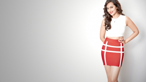 Sonakshi Sinha Indian Bollywood Film Actress High Quality Wallpaper