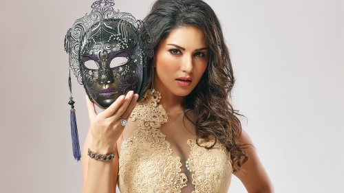 Sunny Leone Indian Bollywood Film Actress High Quality Wallpaper